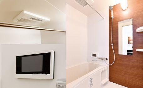 浴室テレビなど充実した設備のバスルーム